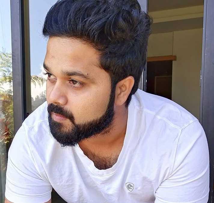 Sanjeev Karthick image