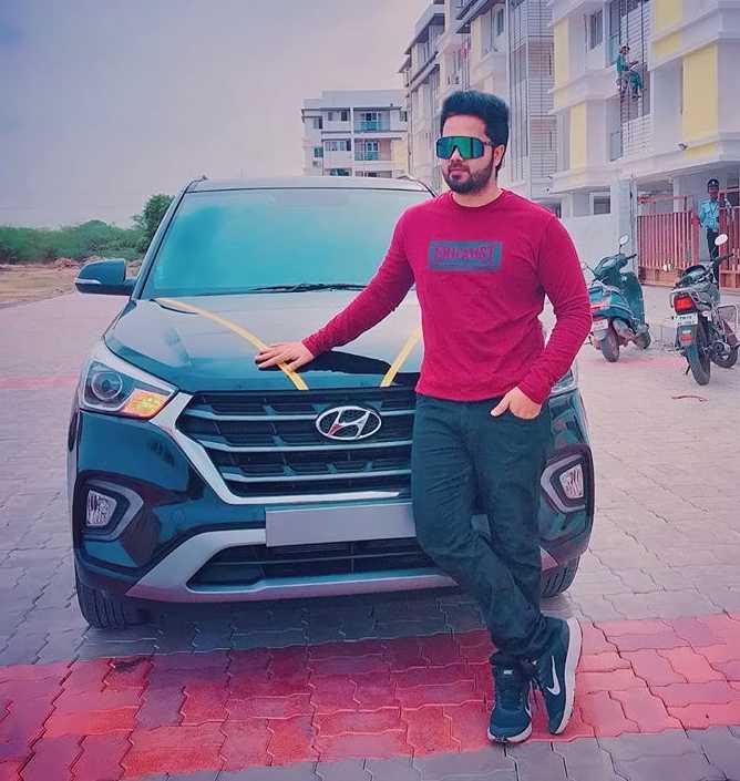 Sanjeev Karthick new pic