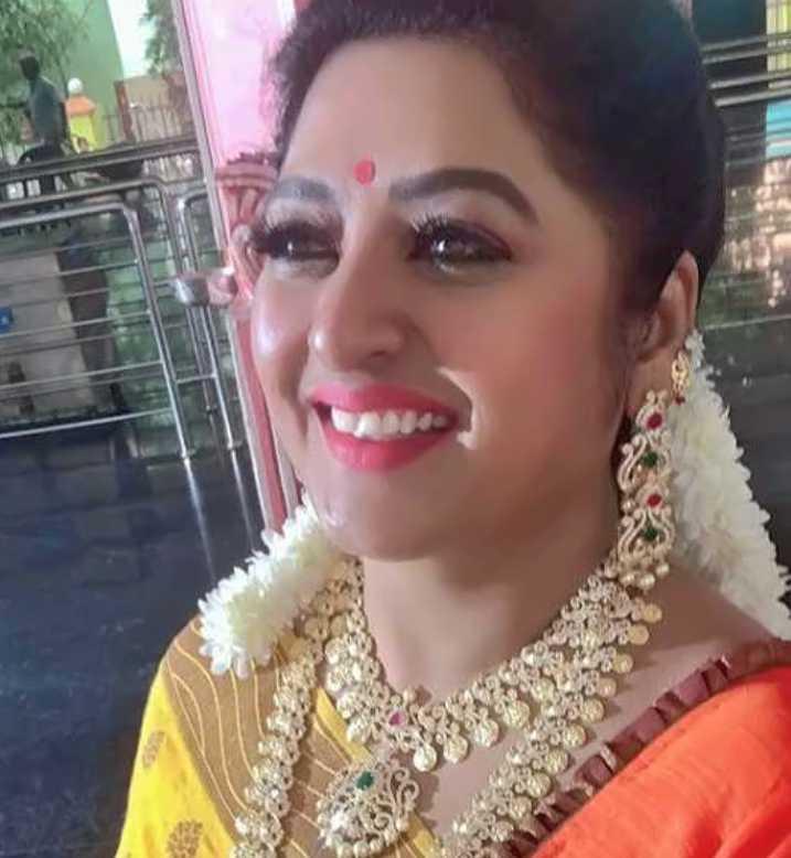 Shanoor Sana image