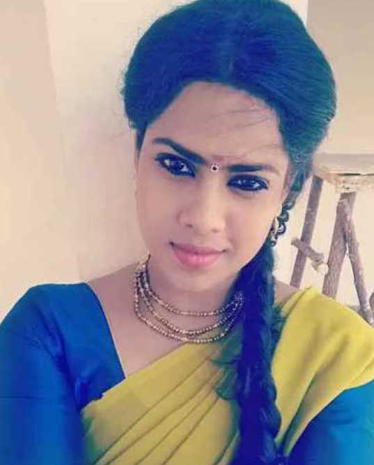 Tamil serial actress Anu Sulash wiki Biography Images
