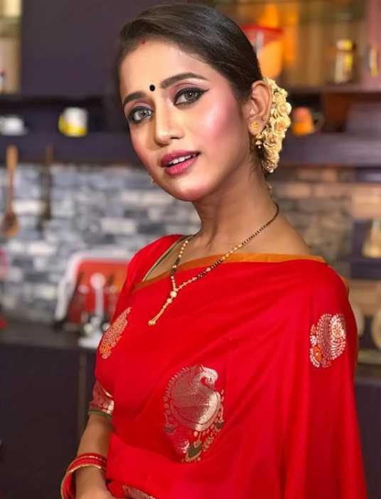 Elina Samantray Sharee photo