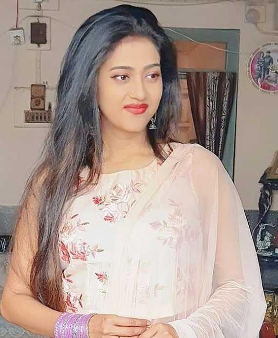 Varsha Priyadarshini Sharee Image