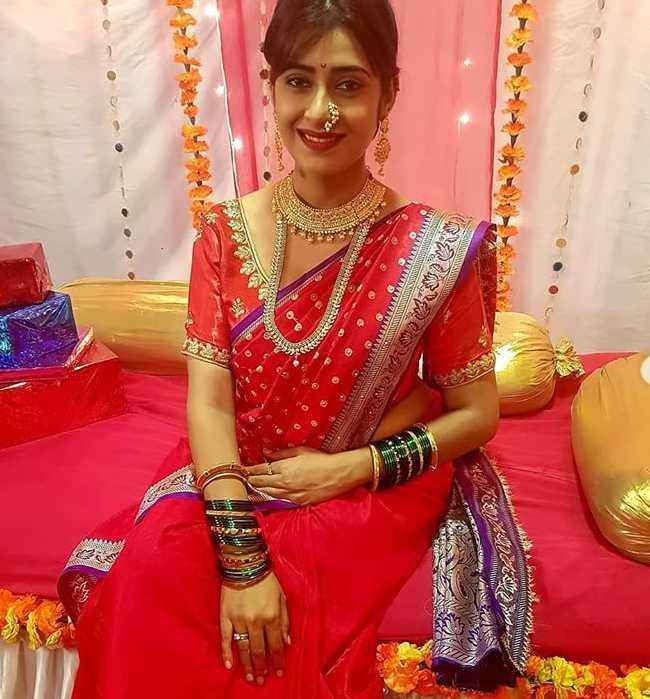 Preetika Chauhan photos