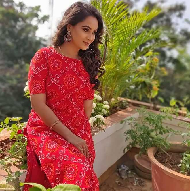 Mounika Devi image
