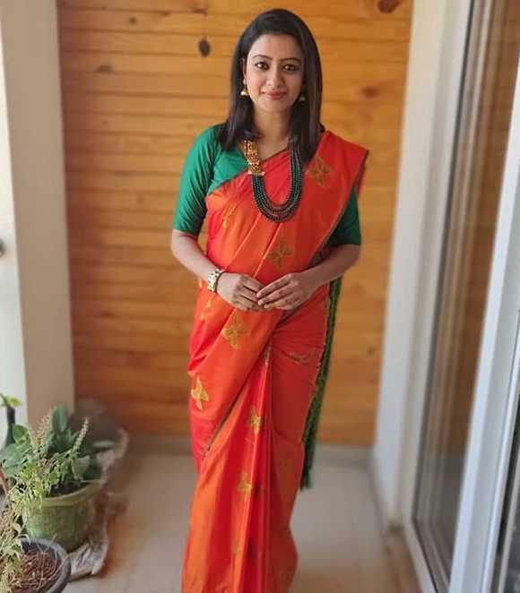 Nisha Krishnan photos