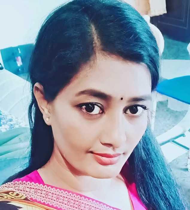 Tv actress Nilani wiki Biography Height Serials Images