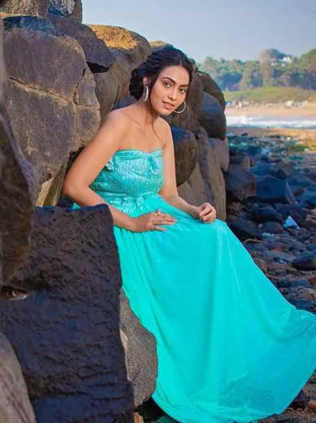 Pavithra image