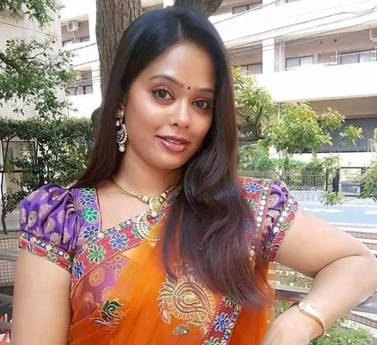 Devi Priya images