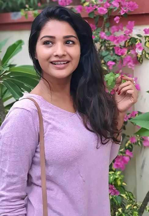 Sharanya Turadi Sundaraj photo