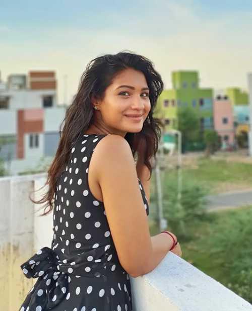 Sharanya Turadi Sundaraj images