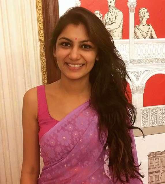 Sriti Jha wiki Biography