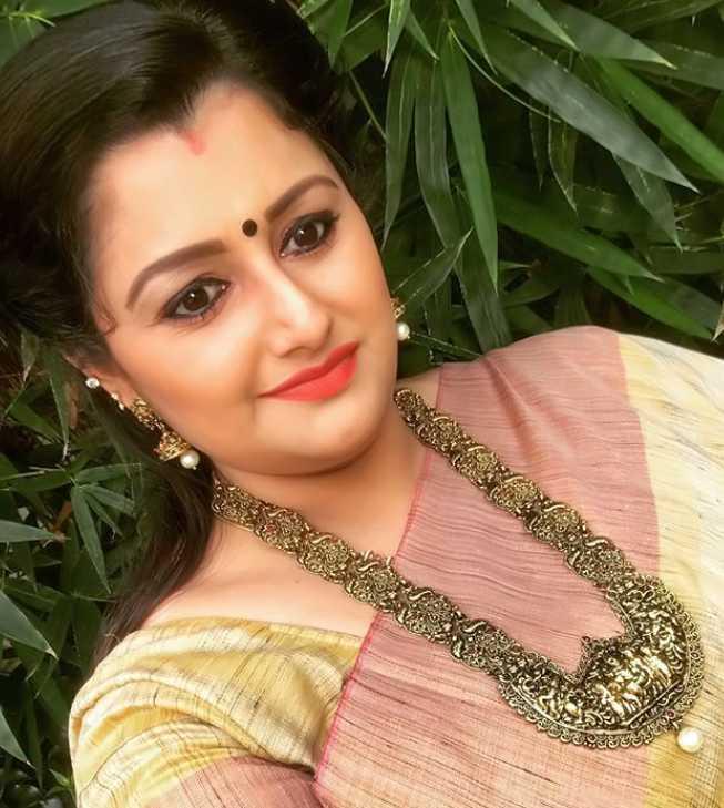 Dr. Sharmila photos