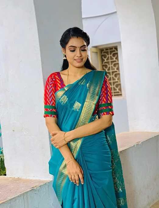Pavithra new pics
