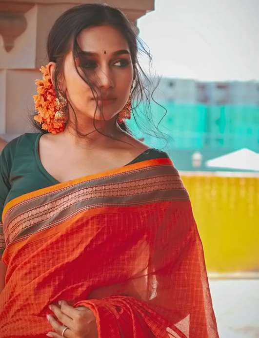 Yasmin Nadiah images