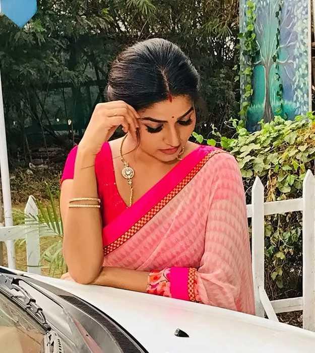 Nithya Ram pic