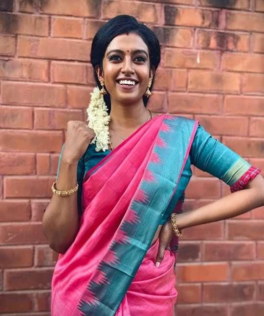 Roshni Haripriyan image