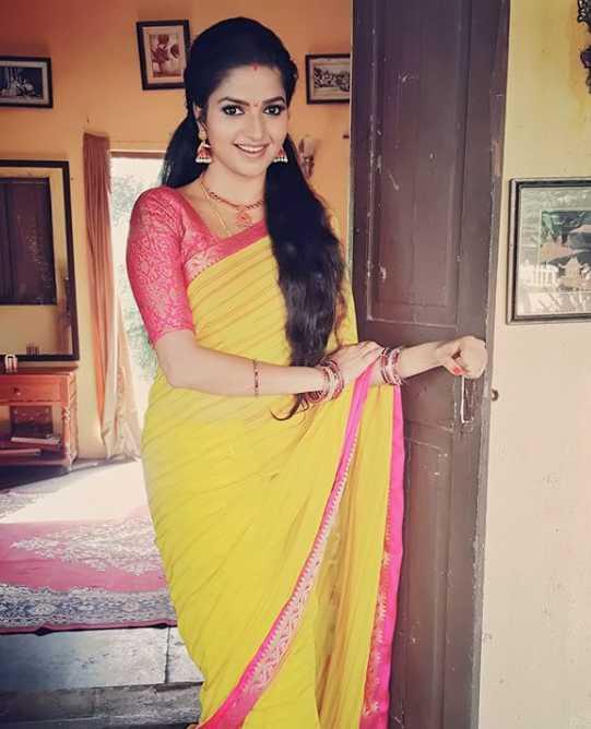 Nithya Ram pics