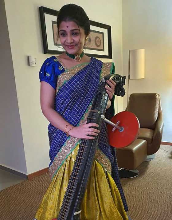 Veena Srivani photo