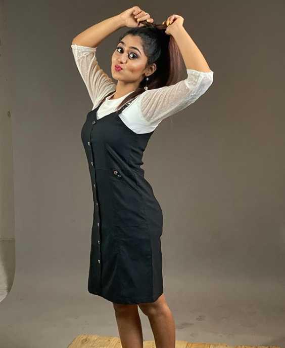 Sreethu Krishnan photo
