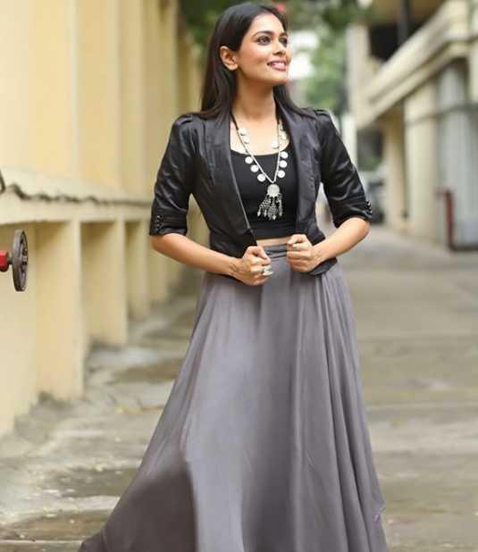 Keerthi Shanthanu photos