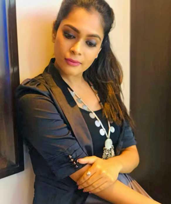 Keerthi Shanthanu pics