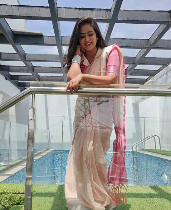 actress Sweety pic