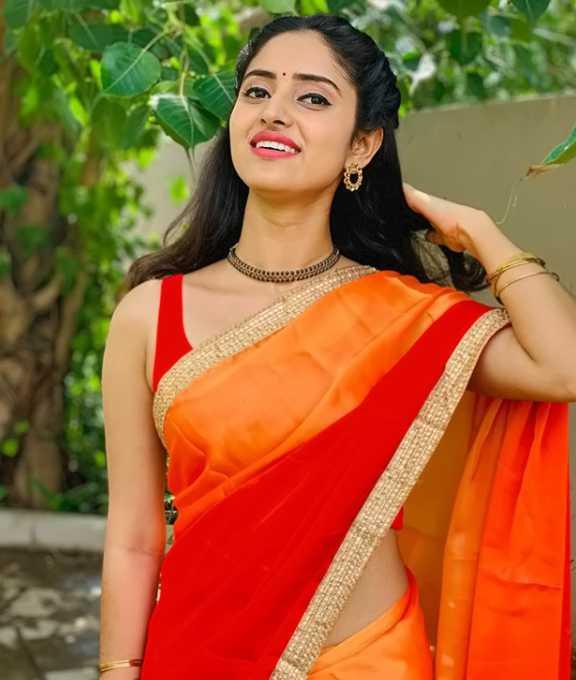 Ayesha photos