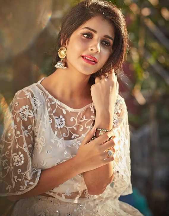 Kashish Vohra new pics