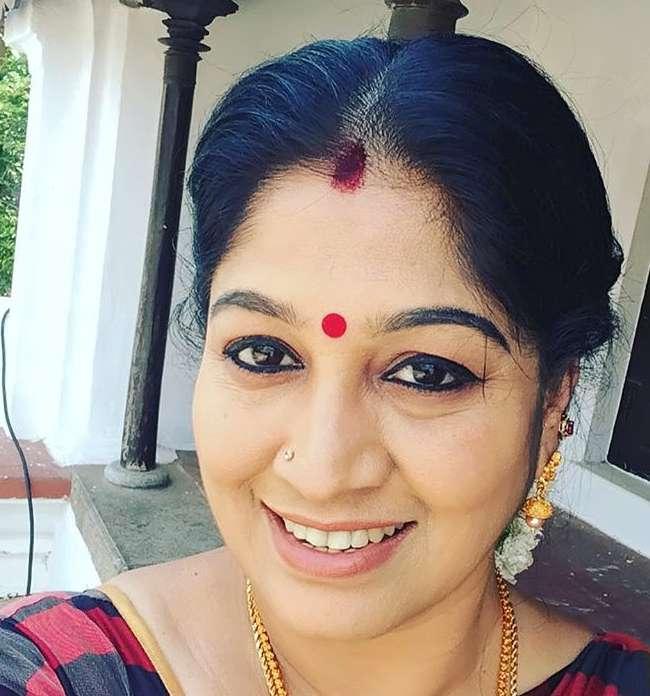 Sri Vidhya Shankar pics