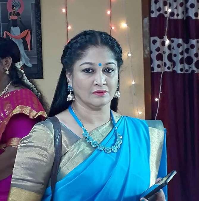 Sri Vidhya Shankar wiki Biography DOB Height Serials images