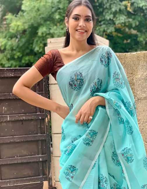 Pavithra Janani images
