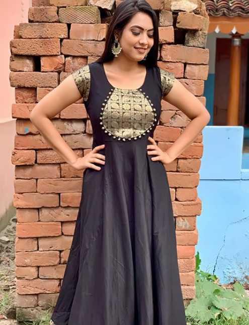 Pavithra Janani photos