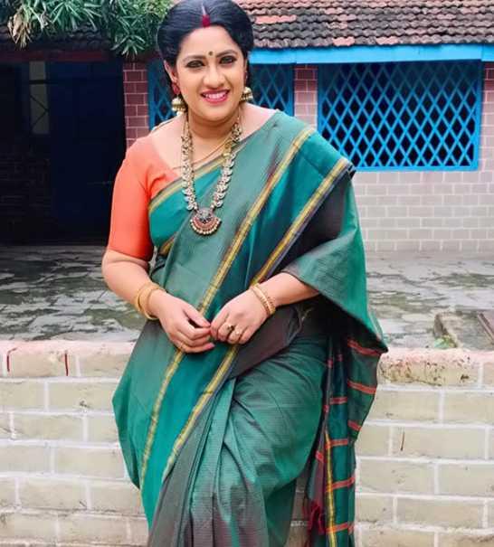 Meera Krishnan wiki Biography DOB Height Serials images