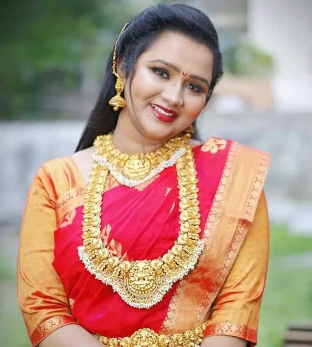 Usha Sai wiki Biography DOB Height Serials images