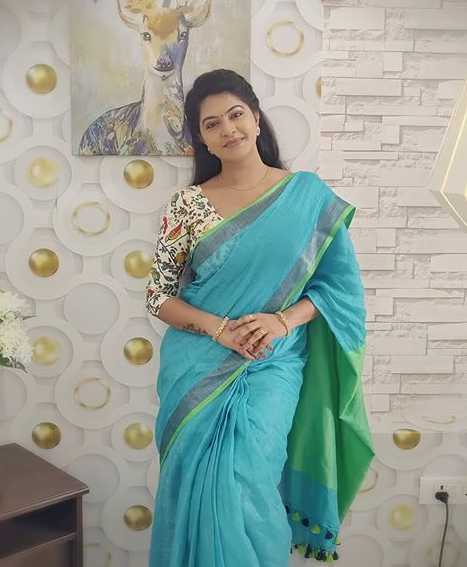 Rachitha Mahalakshmi wiki Biography DOB Height Serials images
