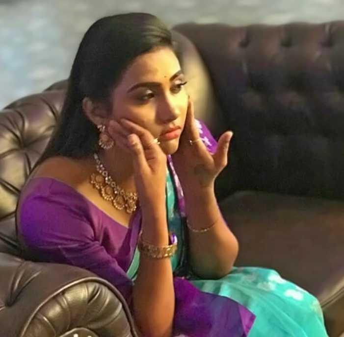 Myna Nandhini new image