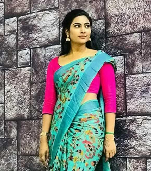 Myna Nandhini new photo