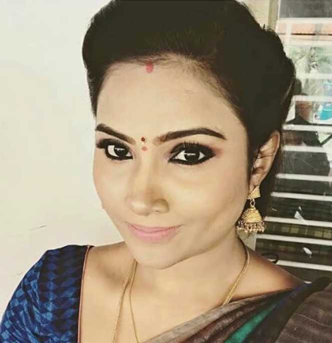 Myna Nandhini photos