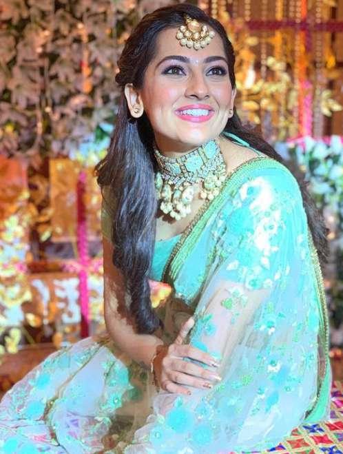 Anagha Bhosale images