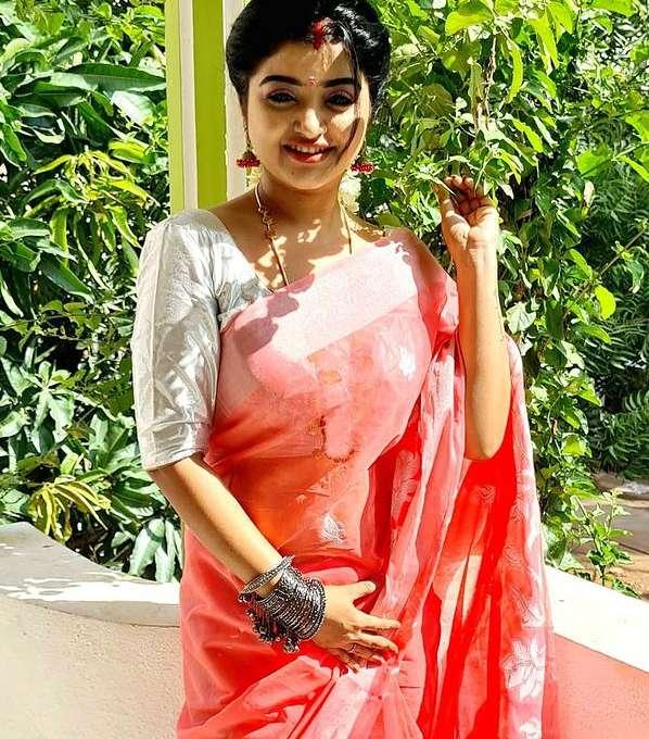 Mahalakshmi pic