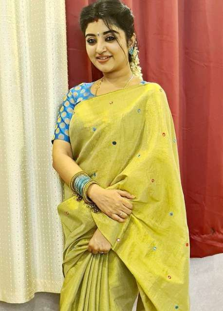 Mahalakshmi Tamil serial actress wiki Biography DOB Height images
