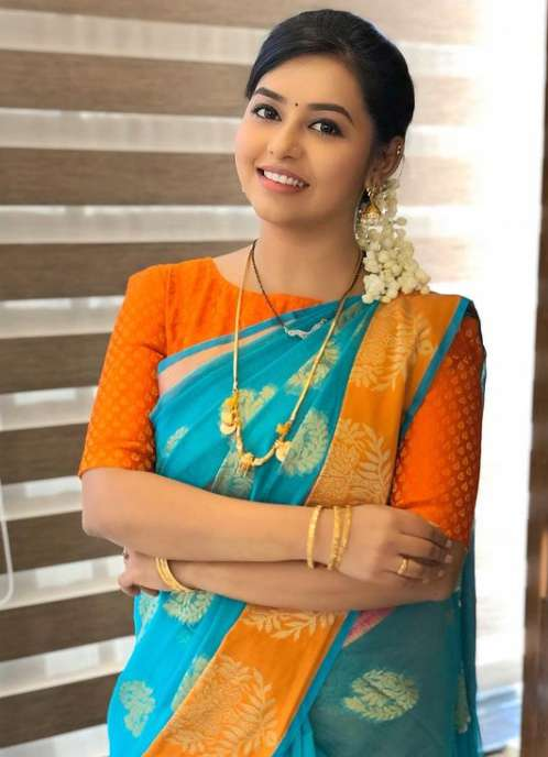 Vanitha Hariharan new pics