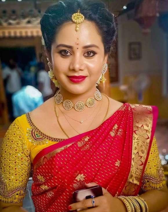 Raksha Holla photo