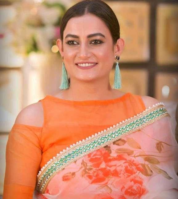 Aparna Ghosh photo