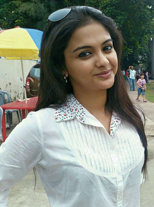 Solanki Roy wiki Biography DOB Height Serials Images