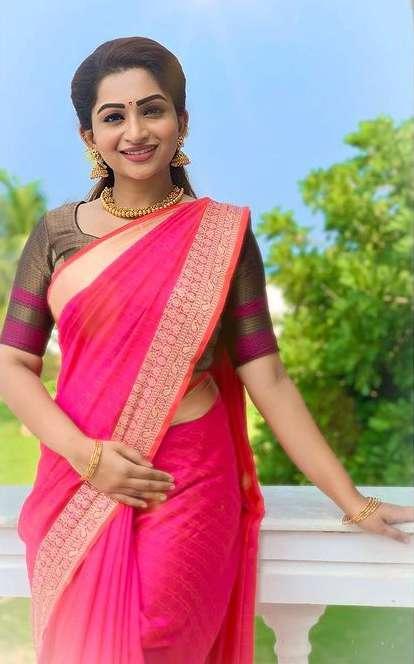 Nakshathra Nagesh images