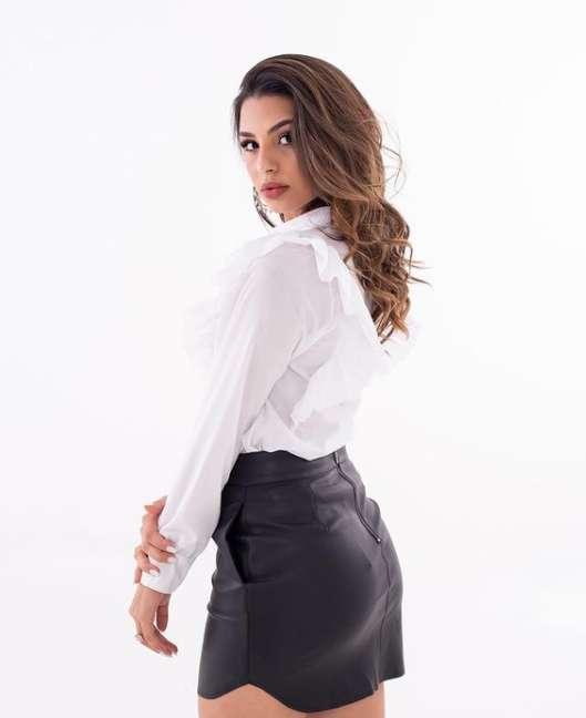 Taina Lima image
