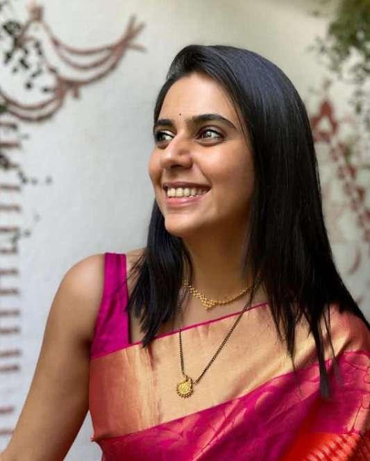 Madhura Deshpande images
