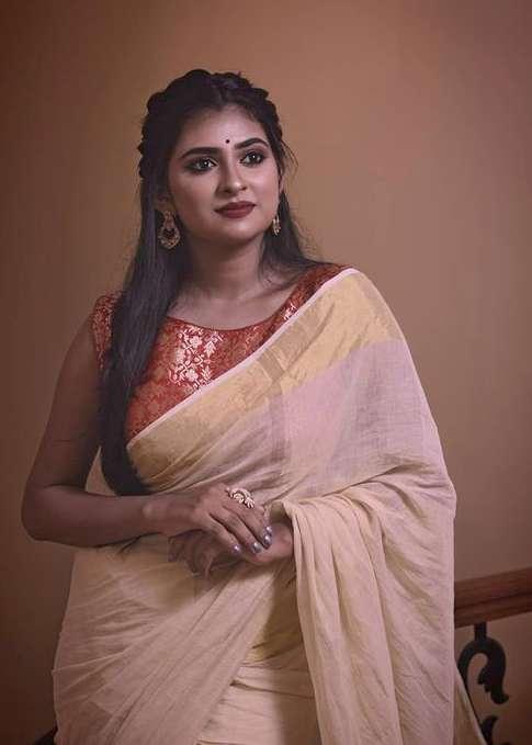 Parvathy Arun images