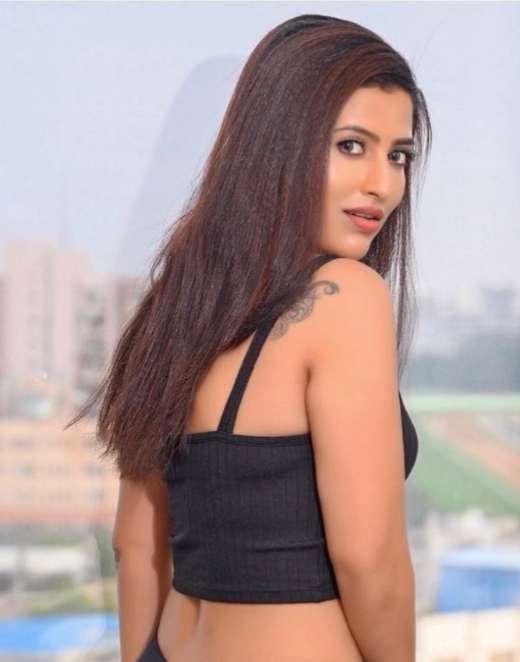 Rihanshi Gowda photo